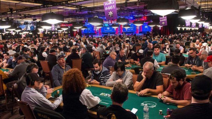 Comment survivre à votre premier tournoi de poker en direct